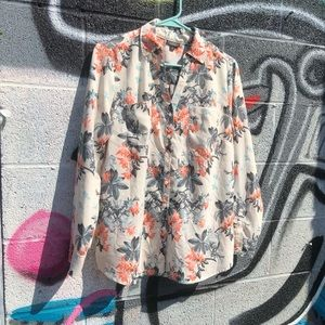 Flower faces button up